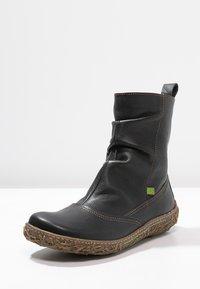 El Naturalista - Classic ankle boots - black - 2