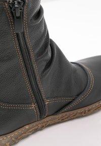 El Naturalista - Classic ankle boots - black - 5