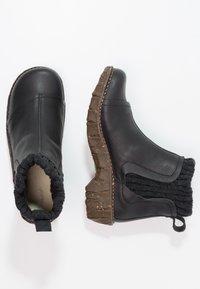 El Naturalista - YGGDRASIL - Classic ankle boots - black - 2