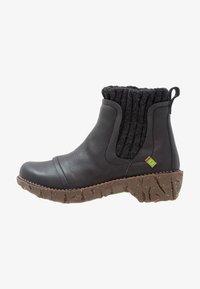 El Naturalista - YGGDRASIL - Classic ankle boots - black - 1