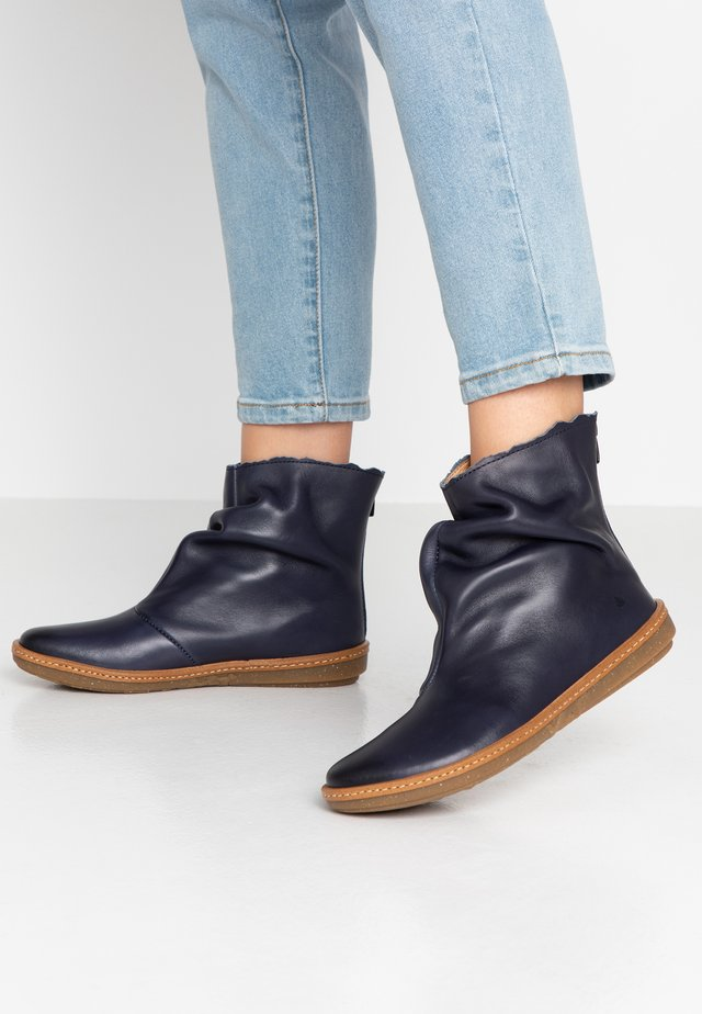 CORAL - Classic ankle boots - iris ocean