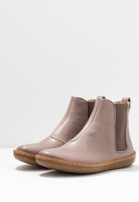 El Naturalista - CORAL - Ankle boots - plume - 4