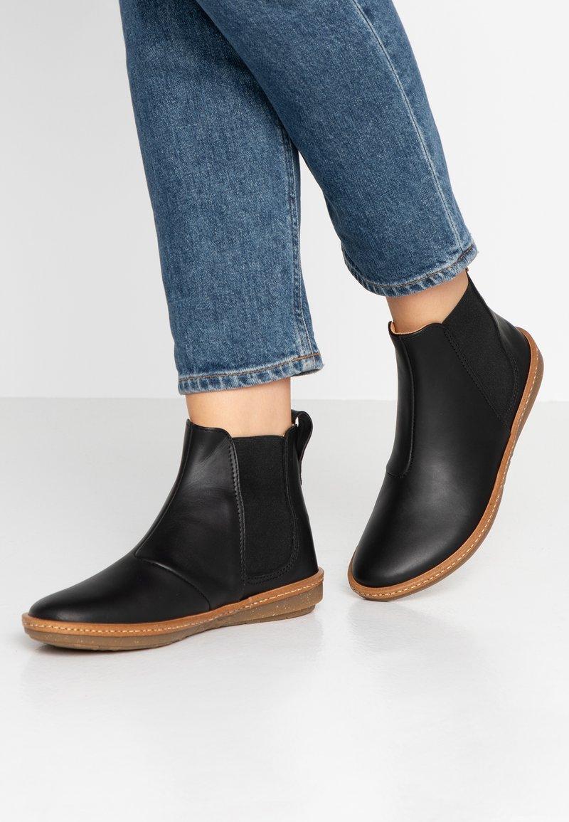 El Naturalista - CORAL - Ankle Boot - black
