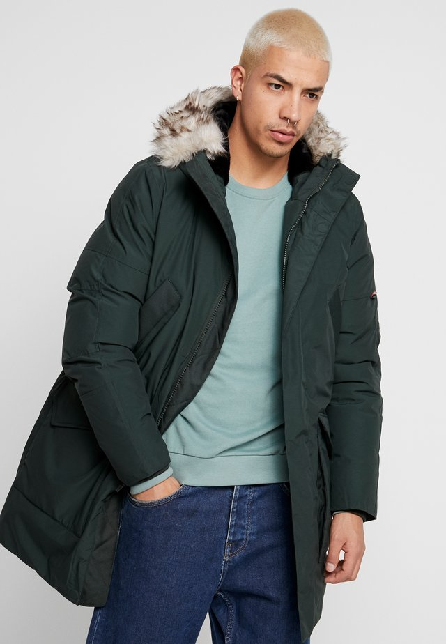 CORBY - Winter jacket - bottle green