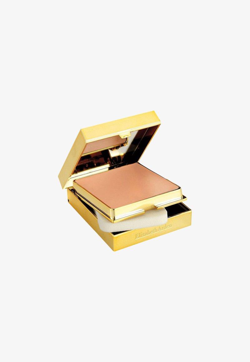 Elizabeth Arden - FLAWLESS FINISH SPONGE-ON CREAM MAKE-UP - Fond de teint - bronzed beige