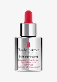 Elizabeth Arden - SKIN ILLUMINATING ADVANCED BRIGHTENING DAY SERUM - Serum - - - 0