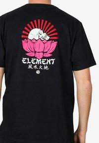 Element - MEGUMI - Print T-shirt - black - 3