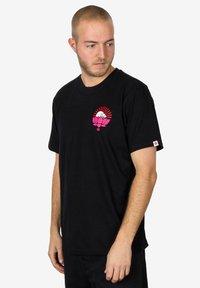 Element - MEGUMI - Print T-shirt - black - 0