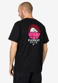 Element - MEGUMI - Print T-shirt - black - 1