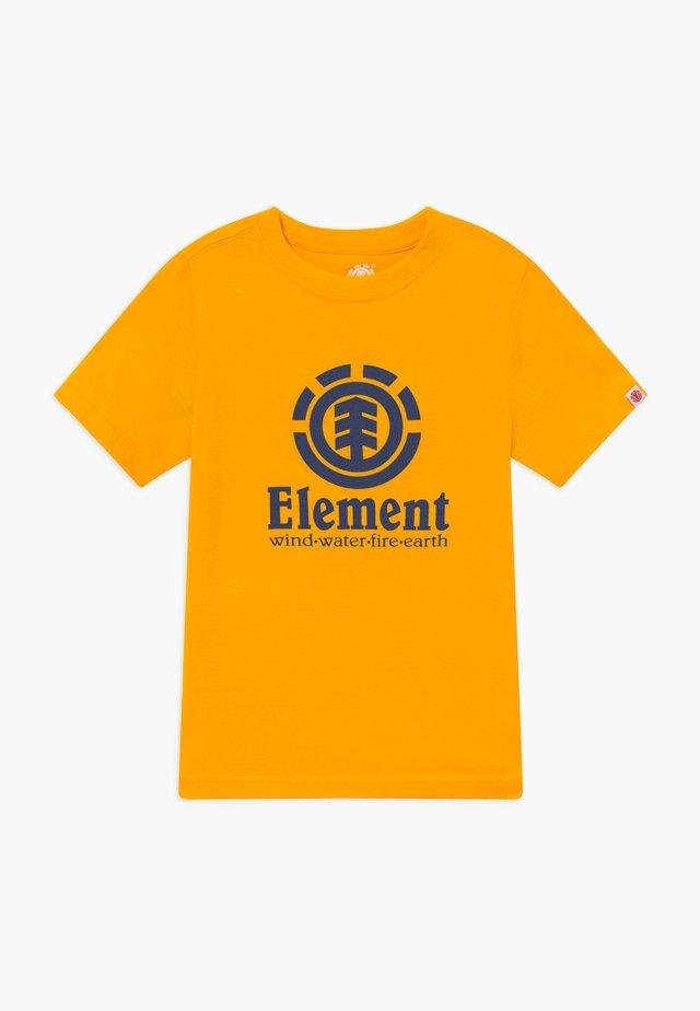 VERTICAL BOY - T-shirts print - gold