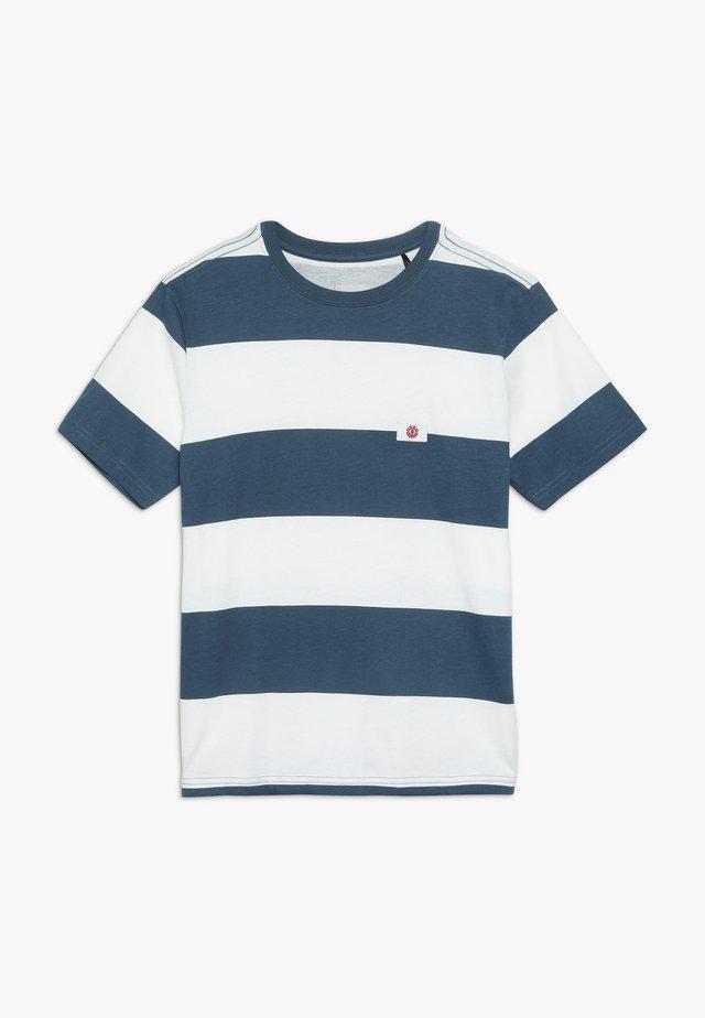 TOKYO FLAG BOY - Print T-shirt - legion blue