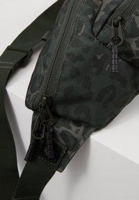Element - POSSE HIP SACK - Bum bag - dark green - 7