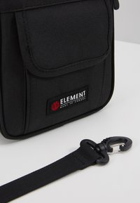 Element - ROAD BAG - Across body bag - flint black - 7