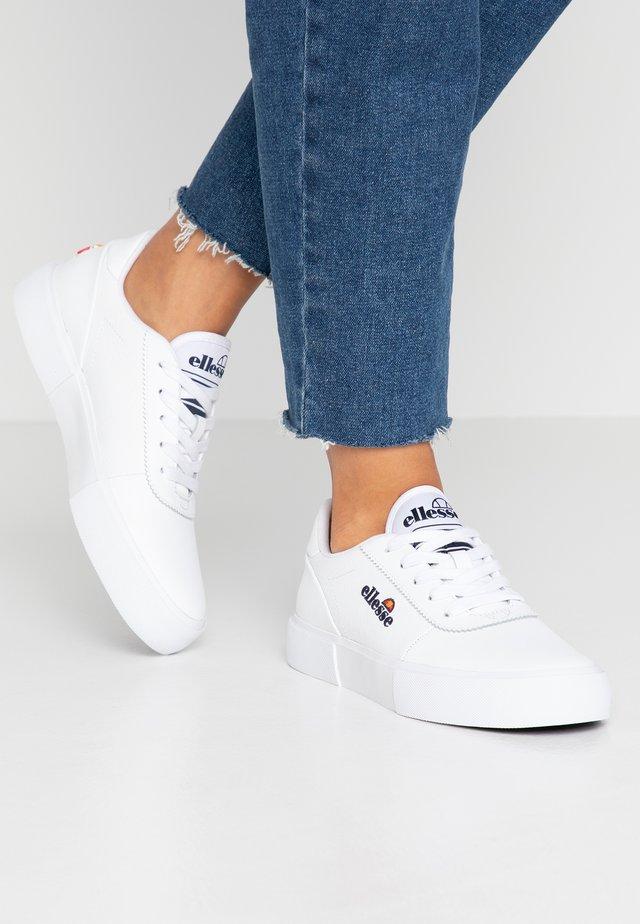 ALTO ZAG - Sneakersy niskie - white