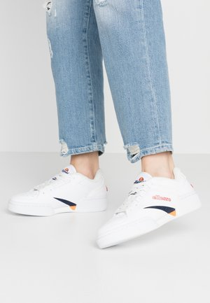 TREMITI - Sneakers basse - white/dark blue/orange