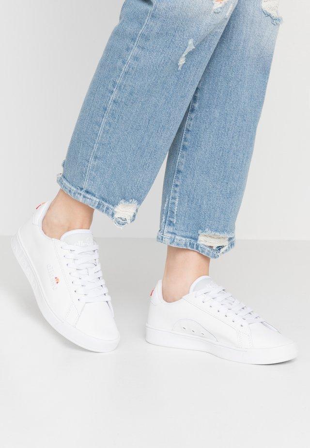 CAMPO  - Sneakersy niskie - white/silver