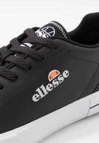 Ellesse - TAGGIA - Tenisky - black/white - 5