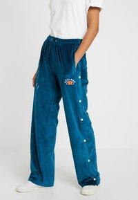 Ellesse - NARCISO - Teplákové kalhoty - teal - 0
