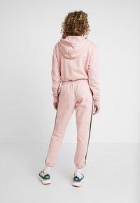 Ellesse - POLPETTO - Teplákové kalhoty - pink - 2