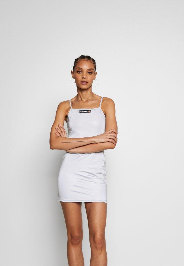 FLERES - Pouzdrové šaty - silver