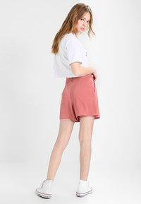 Ellesse - ALBERTA - T-shirt print - optic white - 2