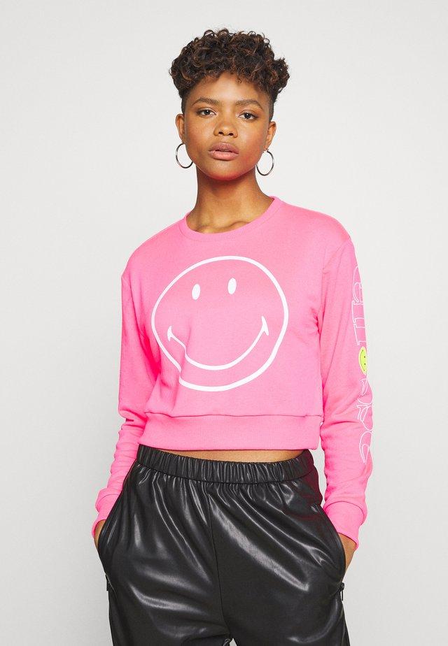 VERIAGGIO X SMILEY - Bluza - neon pink