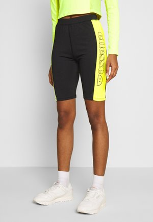 PISA  - Shorts - black