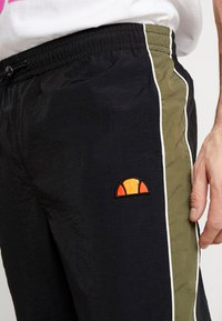 Ellesse - SERIO - Teplákové kalhoty - black - 3