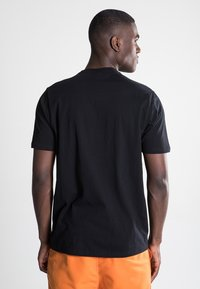 Ellesse - CANALETTO - Print T-shirt - anthracite - 2