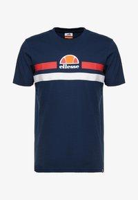 Ellesse - APREL - T-shirt imprimé - navy - 4