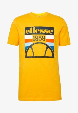 PIROZZI - Camiseta estampada - yellow