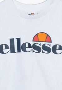 Ellesse - NICKY - T-shirt print - white - 4