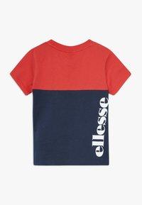 Ellesse - ADELO - T-shirt med print - red - 1