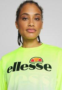 Ellesse - FELTRE - Print T-shirt - neon yellow - 3