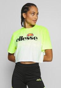 Ellesse - FELTRE - T-shirts med print - neon yellow - 0