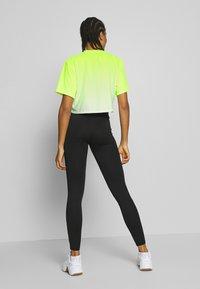 Ellesse - FELTRE - Print T-shirt - neon yellow - 2