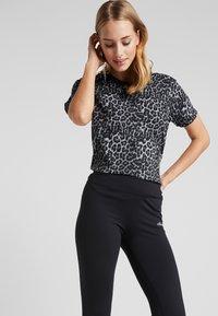 Ellesse - MOLVENO - Spodnie materiałowe - black - 3