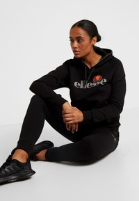 Ellesse - CARPENA - Spodnie treningowe - black - 1