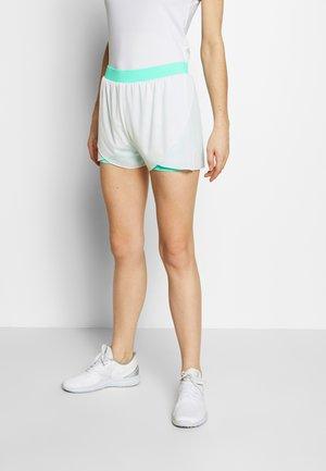 CALLOWA - Sports shorts - green