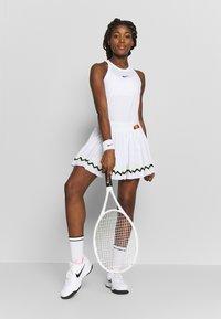 Ellesse - CONTENDER - Sportovní sukně - white - 1