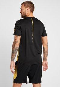 Ellesse - LORENZO - Camiseta estampada - black - 2