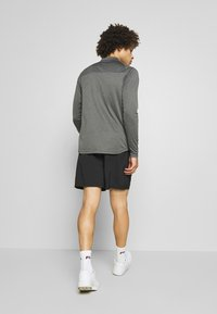 Ellesse - OLIVO - Sports shorts - black - 2