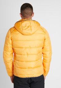 Ellesse - VERMENTINO - Chaqueta de invierno - dark yellow - 2