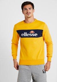 Ellesse - NEBBIOLO - Mikina - dark yellow - 0