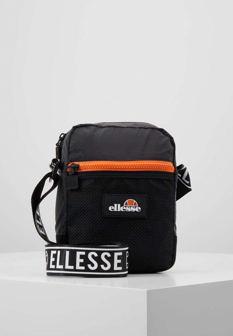 Ellesse - NEVIN - Bandolera - black