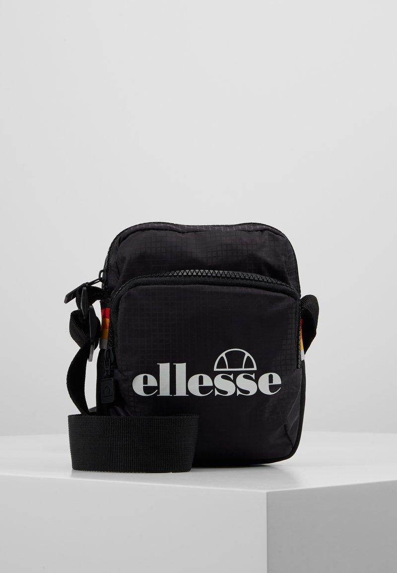Ellesse - WALLAN - Skuldertasker - black