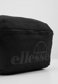Ellesse - ROSCA - Umhängetasche - black mono - 2