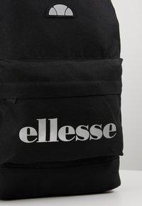 Ellesse - Tagesrucksack - black - 8