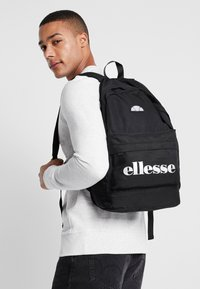 Ellesse - Tagesrucksack - black - 1
