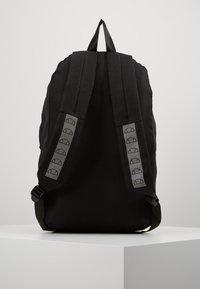 Ellesse - Tagesrucksack - black - 2